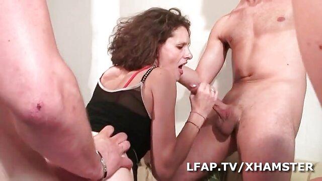 Dos niñas, juego porno español en español